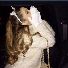 Ariana Grande ; Minneapolis