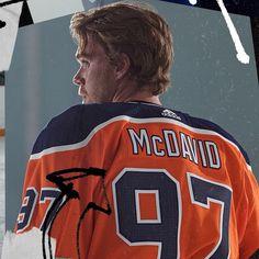 Ice Hockey Players, Nhl Players, Shield Logo, Edmonton Oilers, Hockey Girls, Hockey Mom, Team Logo, Connor Mcdavid, Pittsburgh Penguins Hockey