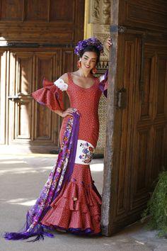 Diseño floral lirios, lavanda, berrys y hortensias. 💜 Harajuku, Style, Fashion, Irises, Hydrangeas, Floral Design, Lavender, Flamingo, Swag