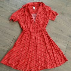 Red Casual Dress Great shape. Has thin belt hoops but does not come with a belt. Forever 21 Dresses Mini