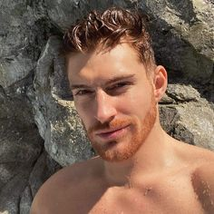 Hot Ginger Men, Ginger Beard, Short Beard, Sexy Beard, Hot Army Men, Danish Men, Mens Hairstyles Fade, Strawberry Hair, Faded Hair