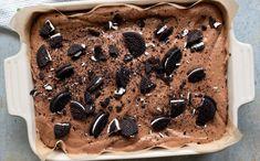 oreokake i langpanne Recipe Boards, Oreo, Baking, Kos, Cake, Ethnic Recipes, Angel Wings, Bakken, Kuchen