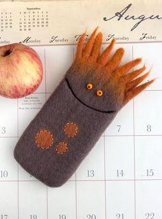 Валяем чехлы для телефонов, хорошие и разные - Ярмарка Мастеров - ручная работа, handmade