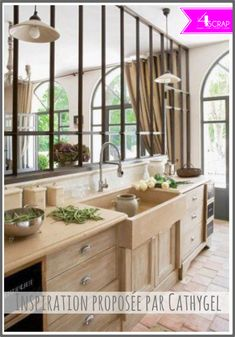 New Ideas for light wood kitchen cabinets countertops window Wooden Kitchen, New Kitchen, Kitchen Dining, Kitchen Decor, Kitchen Sink, Glass Kitchen, Kitchen Cabinets, Kitchen Country, Wood Cabinets