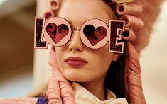 Risultati immagini per sunglasses fashion week 2018 Fashion Week 2018, Milano Fashion Week, Milan Fashion, Fall Accessories, Fashion Accessories, Cat Eye Sunglasses, Round Sunglasses, Fall Winter, Fall 2018