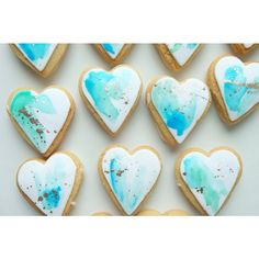 Mini water colour with gold speckle heart cookies✨ Water colour inspiration for Magpie Wedding Fancy Cookies, Heart Cookies, Iced Cookies, Sugar Cookies, Frosted Cookies, Blue Cookies, Shortbread Cookies, Paint Cookies, Fondant Cookies