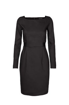 Blake Night Dress is cut to define your figure without being tight or restrictive - it has a slim top and a pencil-like skirt. Team yours with heels or ankle boots depending on the occasion.