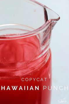 Copycat Hawaiian Punch a classic summer drink recipe that is easy to make with a variety of juice & nectars; and the red food coloring is optional. Summer Drink Recipes, Summer Drinks, Fun Drinks, Cold Drinks, Smoothies, Smoothie Drinks, Punch Aux Fruits, Fruit Punch, Red Fruit
