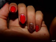 hybrid nail- one week later <3