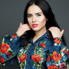 Hand embroidered ladies blouse Denim etude by Handembroiderykvitka Folk Fashion, Ethnic Fashion, Womens Fashion, Mexican Blouse, Mexican Dresses, Embroidered Clothes, Embroidered Blouse, Ethno Style, Modest Fashion