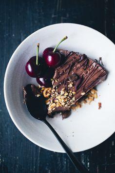 Mocha & Black Bean Mousse Cake (recipe) / by Green Kitchen Stories