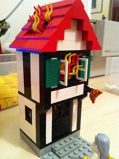 Great Fire of London - simple Lego model History Projects, Lego Projects, School Projects, Projects For Kids, Project Ideas, Fire London, Great Fire Of London, The Great Fire, London Kids