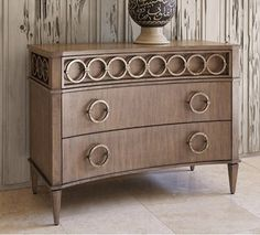 Ambella Home Collection - Ring Chest -Driftwood / Ant. Silver - 07205-830-001