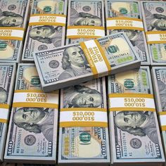 Stacks on stacks! What a beautiful money motivation! Way To Make Money, Make Money Online, How To Make, Artist Hacks, Mo Money, Cash Money, Money Stacks, Student Travel, The Villain