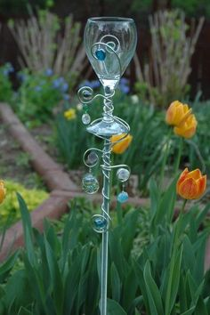What a lovely whimsical torch for your garden! All you need is a tealight candle and a starry night.