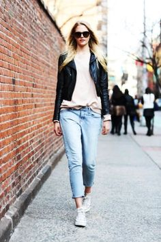 street style - boyfriend jeans, white top, leather jacket, all stars