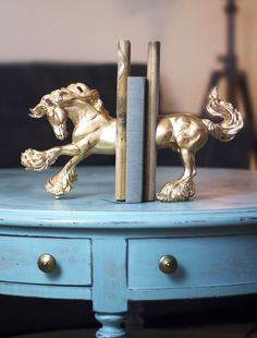 DIY Gold Horse Bookends | 13 Spring Craft Projects | Do It Yourself Projects to Brighten Your Space