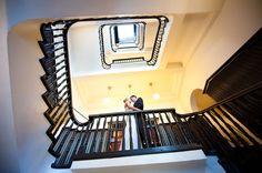 Dieses Foto ist auf einem Shooting in Hamburg entstanden. Cooles Treppenhaus, oder?
