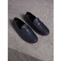 Burberry Grainy Leather Loafers with Engraved Check Detail (340 CAD) ❤ liked on Polyvore featuring men's fashion, men's shoes, men's loafers, mens driver shoes, burberry mens shoes, mens leather shoes, mens loafer shoes and mens driving shoes