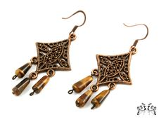 Earrings in a vintage style with the beads from the gemstone - tiger's eye.