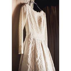 いいね!104件、コメント10件 ― Ana Oria Reyesさん(@lamarye_)のInstagramアカウント: 「Este vestido es mi debilidad ❤️❤️ plumeti + brocado=   @pablolopezortiz」