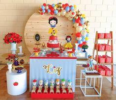 Pin on تولد Fiesta Theme Party, Safari Party, Girl Birthday Themes, Baby Birthday, October Birthday Parties, Snow White Birthday, Disney Princess Party, Party Props, Christmas Design