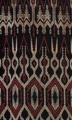 T'nalak aka Dreamweaver fabric (I think) from the T'boli people love the patterns to translate into jewelry design Filipino Art, Filipino Culture, Filipino Tribal, Filipino Tattoos, Indian Tattoos, Ethnic Patterns, Textile Patterns, Filipino Fashion, Philippine Art