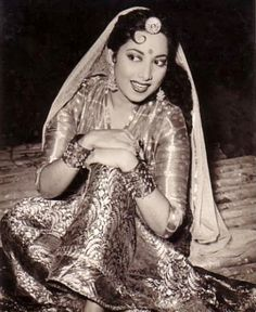 Surayia A popular singer /actress from 40s.