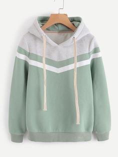 Teen Fashion Outfits, Cute Fashion, Outfits For Teens, Casual Outfits, Fashion Styles, Stylish Hoodies, Cool Hoodies, Green Hoodies, Printed Sweatshirts