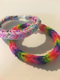 Loom Bands Designs, Bracelet Designs, Rainbow Loom Bracelets Easy, Fishtail Bracelet, Rainbow Loom Patterns, Rubber Band Bracelet, Hot Wheels, Dragon, Florida