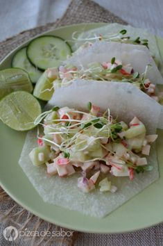 Ensalada de surimi www.pizcadesabor.com Tostadas, Tacos, Atkins Diet, Ceviche, Fish And Seafood, Fresh Rolls, Fish Recipes, Superfood, Deli