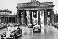 In The Garden of Beasts:  Berlin, 1933