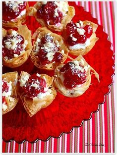 Holiday Cranberry Cream Cheese Phyllo Baskets ~ These phyllo baskets are simply scrumptious and you can make the components of these ahead of time, making it a breeze to assemble right before you want them.