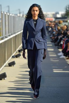 Marine Serre Spring 2019 Ready-to-Wear Fashion Show Collection: See the complete Marine Serre Spring 2019 Ready-to-Wear collection. Look 16 Blazers For Women, Suits For Women, Women Wear, Women Blazer, Fashion Show Collection, Summer Collection, Vogue Russia, Couture, Ermanno Scervino