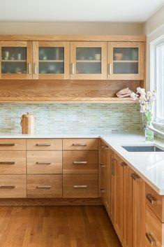 Kitchen Room Design, Kitchen Cabinet Design, Kitchen Redo, Modern Kitchen Design, Kitchen Interior, New Kitchen, Kitchen Cabinets Pictures, Maple Kitchen Cabinets, Building Kitchen Cabinets