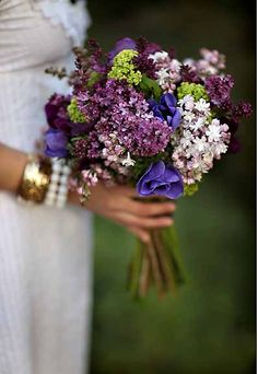 bouquet - from Jasmine Star photography blog
