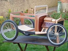 Hotrod Soapbox 'T' Bucket (with Pictures) Soap Box Cars, Soap Boxes, Go Kart, Wood Projects, Woodworking Projects, Velo Cargo, T Bucket, Derby Cars, Ideas