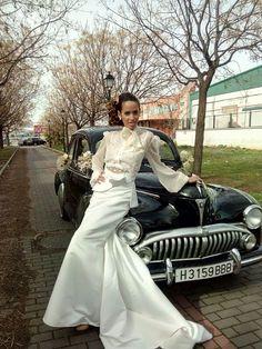 Novia vintage, elegante y atrevida