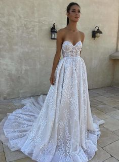 Beautiful wedding dress #weddingdress