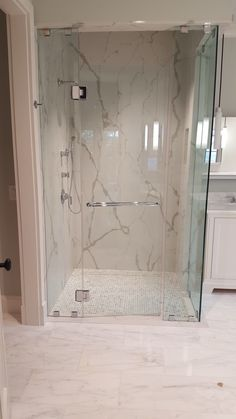 Marble Slab Shower Walls with barrier free entrance