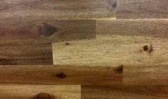 Truco con vinagre para limpiar y dar brillo al suelo de madera.