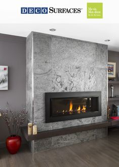 Avez-vous déjà pensé y mettre un revêtement mural de pierre naturelle ? Does your fireplace wall bore you? Have you ever considered putting a natural stone wall surfacing on it? Fireplace Tv Wall, Basement Fireplace, Linear Fireplace, Concrete Fireplace, Fireplace Remodel, Living Room With Fireplace, Fireplace Surrounds, Living Room Decor, Fireplace Ideas