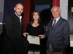 Representantes del Restaurante Umai con su premio