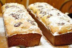 Un chec țărănesc - mălai dulce, de la bunica la mama — Adi Hădean Romanian Desserts, Romanian Food, No Cook Desserts, Gluten Free Cakes, Something Sweet, Sweet Bread, No Bake Cake, I Foods, Coco