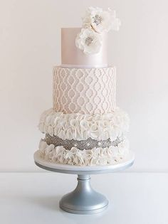 A Pinterest-Approved Trend You'll Love: Beaded Wedding Cakes