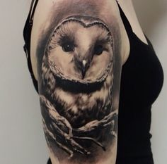 Beautiful owl tat, the details in this artwork is stunning.