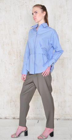 Рубашка трансформер голубого цвета с рюшкой на спине в магазине «Mainaim V  Savvateeva» на Ламбада-маркете 0addedc55c028
