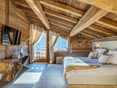 Sale chalet 7 room (s) in Demi-Quartier purchase chalet real estate Dem Chalet Interior, Interior Design Living Room, Chalet Design, House Design, How To Build A Log Cabin, Wood Architecture, Log Cabin Homes, Cozy House, My Dream Home