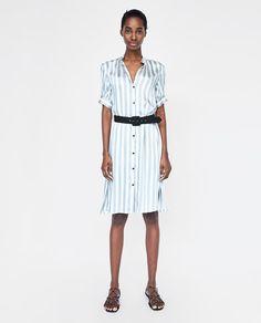 Immagine 1 di VESTITO SATINATO A RIGHE di Zara