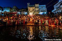 Hindu pilgrims gather on the shores of Pushkar Lake for the prayer ceremony of 'Maha Arti' during the Pushkar Fair, in the holy town of Pushkar, in Rajasthan, India.